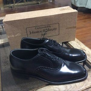 Johnston & Murphy Black Derby Dress Shoe